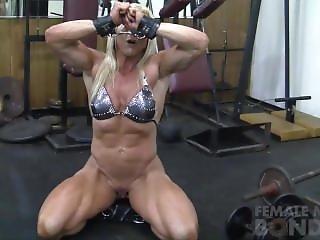 Lac3y At Gym