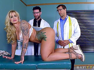 Tattooed Hottie Is Here To Take 2 Giant Peckers At The Same Time