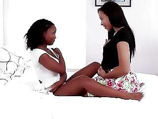 2 Gorgeous Black Girls Very Very Sexy