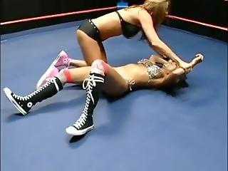 2 Girls Wrestle In Tekkies