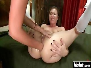 Horny Lesbians Use Their New Strapon