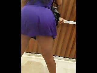 Girl Shakes Ass In Elevator (upskirt)