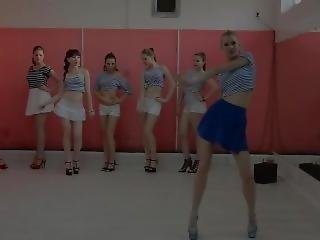 Russian Dancing Group Go-go Dance Pin-up