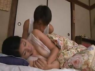 Japanese Hot Sleeping Mom