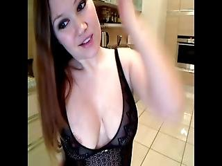 Amateurs Gone Tiny Solo Girl Stripping Part 1 Lalacams