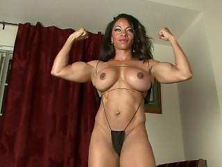 El Fitness Boobs I Love It!!