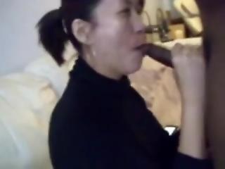 Chinese Ms. Yan Sucks Bbc
