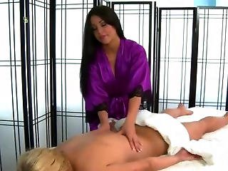 Hot Girl Massaged By Sexy Skilled Masseuse Babe