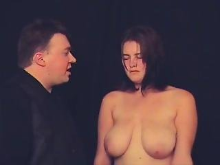 Nadine Gets Hypnotized