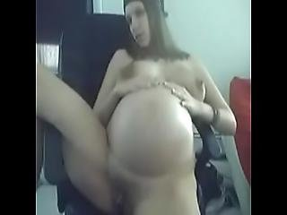 Pregnant Camgirl Masturbates