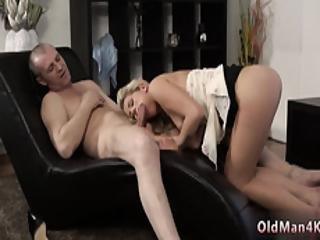 blonde, pipe, corset, masturbation, vieux, vieux jeune, jupe, jeune