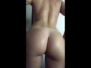 Put On Lotion After Shower On Full Body - Nice Firm Ass And Athletic Legs