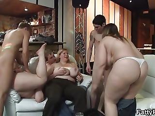 Bbw, Nagy Mell, Mell, Segg, Party, Szex