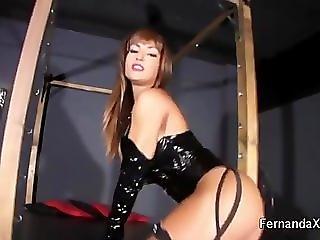 Fernanda Ferrari - Latex