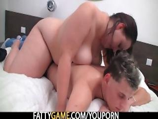 Fat Ass Booty Masseur Jumps At His Cock