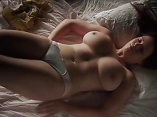 Girl Masturbating Jaid