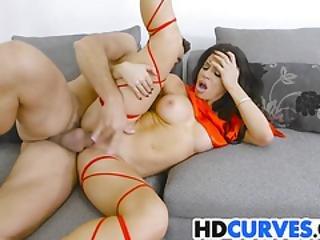 Curvy Nikki Capone Has A Gift