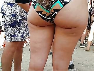 Candid Omg Big Natural Pawg