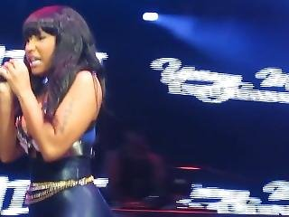 Minaj Ass At Gig In Spandex