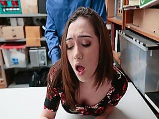 Lily Jordan Got Her Pussy Railed From Behind