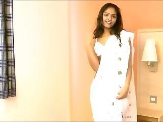 Divya Dance On Tip Tip Barsa Pani