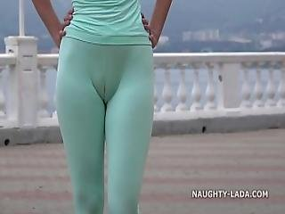Cameltoe While Jogging.
