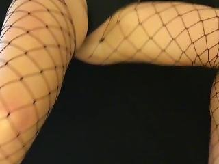 Amateur College Pawg With Oiled Ass Makes Him Cum Fast (our First Video!!)