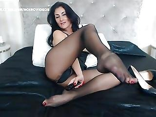 Web Models 89 Black Pantyhose Legs And Feet Heeljob
