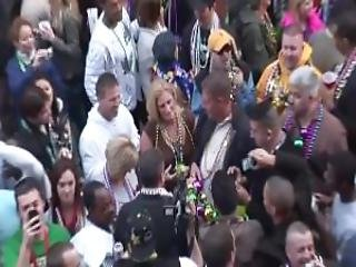 Mardi Gras Flashing Dreamgirls