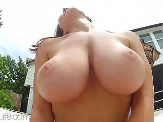 Big Tits Katee Jigle Swimsuit And Naked