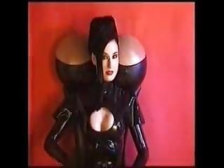 Dita Von Teese, Mistress Of Modern Strip Tease!