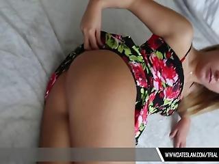 Watch Date Slam Girl Slut Giving A Sloppy Sucking Cock Inside The Hotel Room