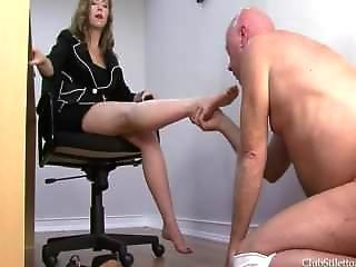 Mistresst-working Feet
