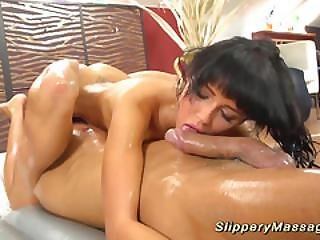 Cute Teen Gets Slippery Fucked