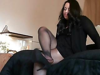 Melissa Hansen Pantyhose Shoeplay