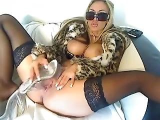 Very Hot Milf Gets Nasty On Webcam Squirtingmilfcams.com