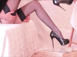 My Ultimate Crossdressing Experience Is Wearing Sexy (black) Thigh His