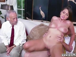 College Old Man Ivy Impresses With Her Large Titties And Ass