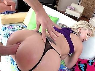 amerykanka, anal, dupa, seks analny, blondynka, tyłek, buttfuck, na pieska, ruchanie, bez włosów, hardcore, milf, gwiazda porno, cipka, rzeczywistość, seks, ogolona, biała