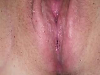 Rubbing Clit Till Squirts