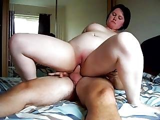 Milf Fucking Bareback While Hubby Is At Work