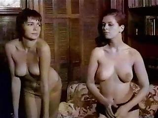 Twisting Housewives - Vintage 60's Topless Dancing