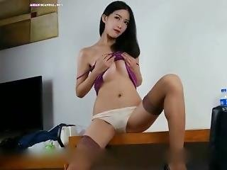 Pretty Chinese Nude Model Han Qiuxue Attracte Portrait Video