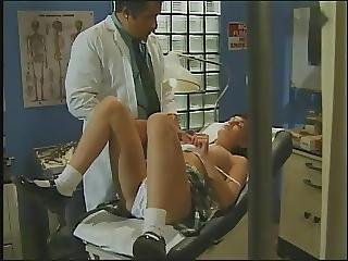 18 Teen Year Old School Girl Fucks Doctor