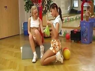 Bubble Butt Blonde Girl Girls Cindy And Amber Pummeling Each Other In The