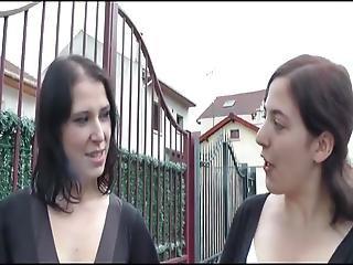 Daphnee Fucks In A Ffm Threesome