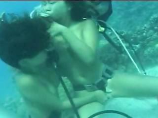 Underwater Japanese Lesbian Sex