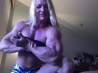 Blonde, Webcam