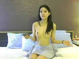 Fah Thai Lady 05