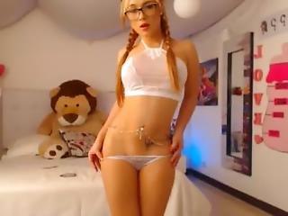 Find6.xyz Hot Lilijones Flashing Pussy On Live Webcam
